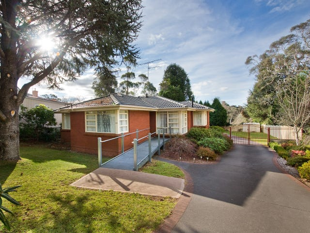 100 Govetts Leap Road, Blackheath, NSW 2785