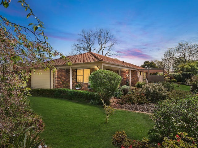 11 Padbury Street, Downer, ACT 2602