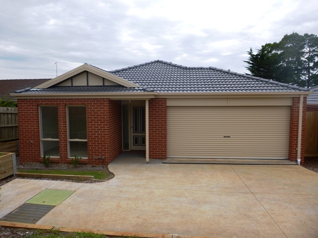 3/112 Burke Street, Warragul, Vic 3820