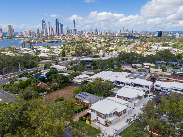 2/10 Drury Ave, Southport, Qld 4215
