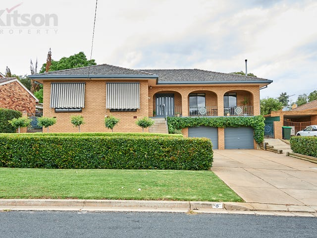 8 Banks Avenue, Kooringal, NSW 2650