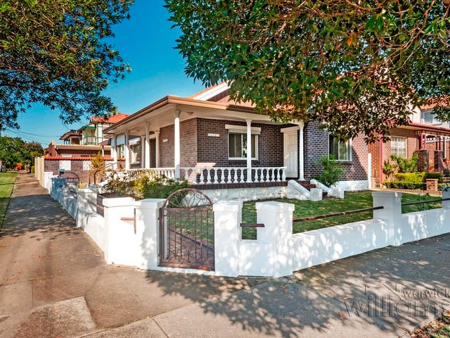 11 Rowley Road, Russell Lea, NSW 2046