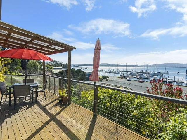 124 Flinders Street, Beauty Point, Tas 7270