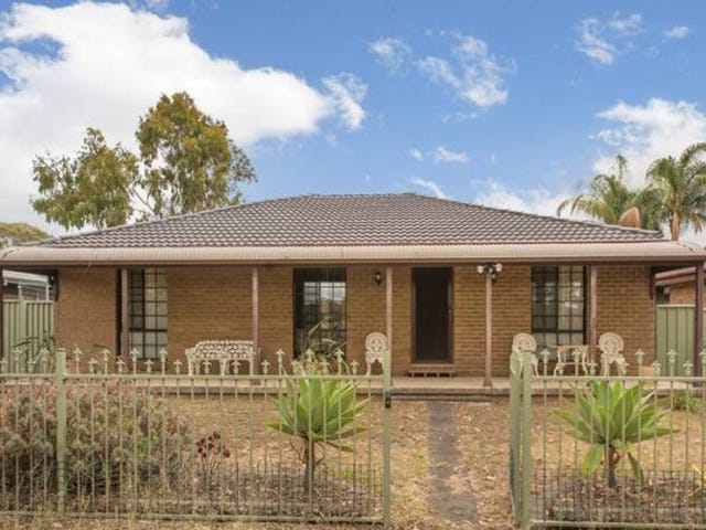 7 Kemmel Close, Bossley Park, NSW 2176
