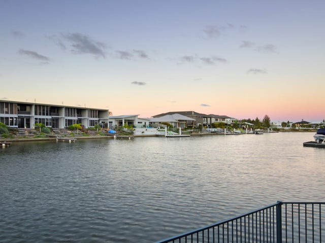 9 Abbey Court, Pelican Waters, Qld 4551