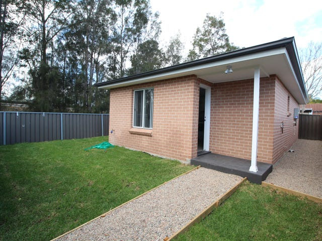 House/27A Augusta Place, St Clair, NSW 2759