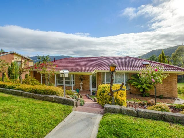 8 Hill Range Crescent, Lithgow, NSW 2790
