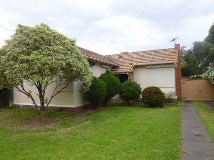 498 Bluff Road, Hampton, Vic 3188