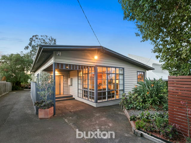 1/10 Clare Street, Parkdale, Vic 3195