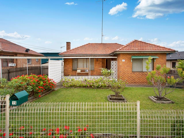 15 First Avenue South, Warrawong, NSW 2502