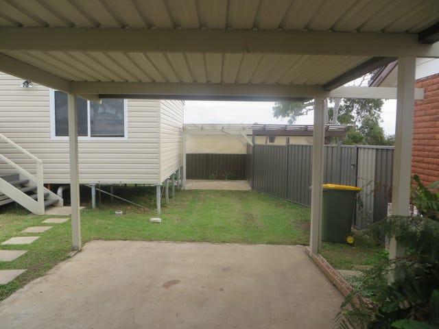 17A Benaud Court, St Clair, NSW 2759