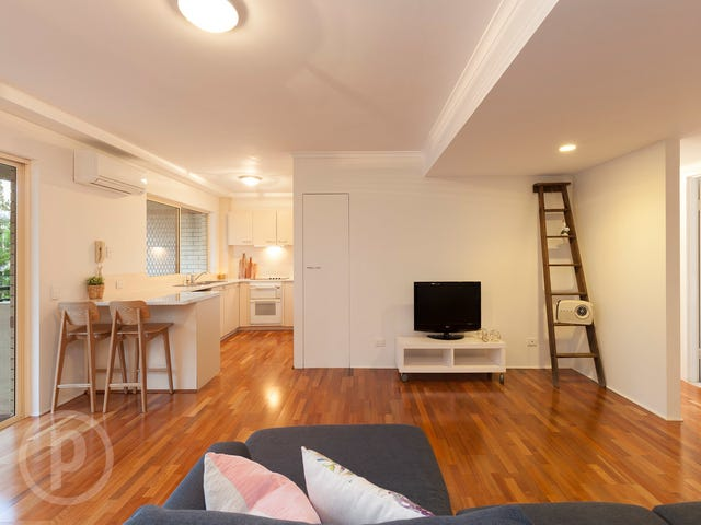 4/6 Pear Street, Greenslopes, Qld 4120