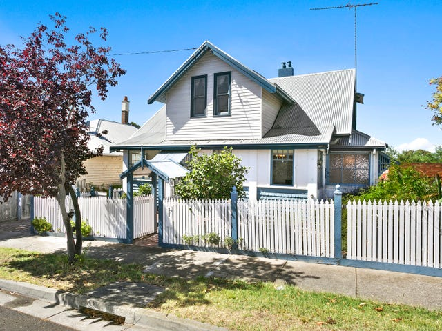 7 Buckland Avenue, Newtown, Vic 3220