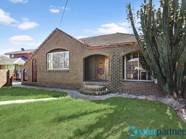 62 Dan St, Campbelltown, NSW 2560
