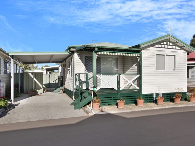 60 Angophora Crescent, Kanahooka, NSW 2530