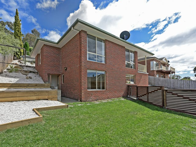2/64 Coolamon Road, Taroona, Tas 7053
