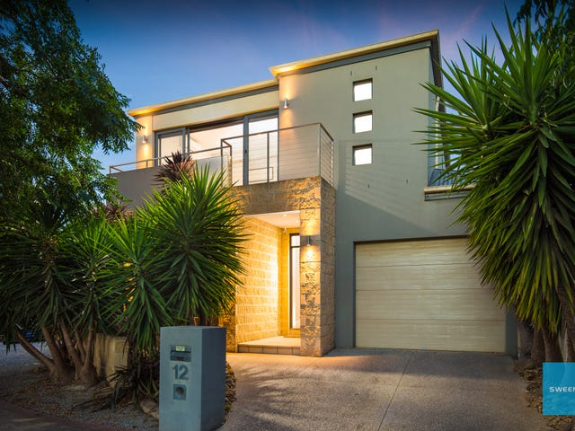 12 Great Barr Crescent, Caroline Springs, Vic 3023