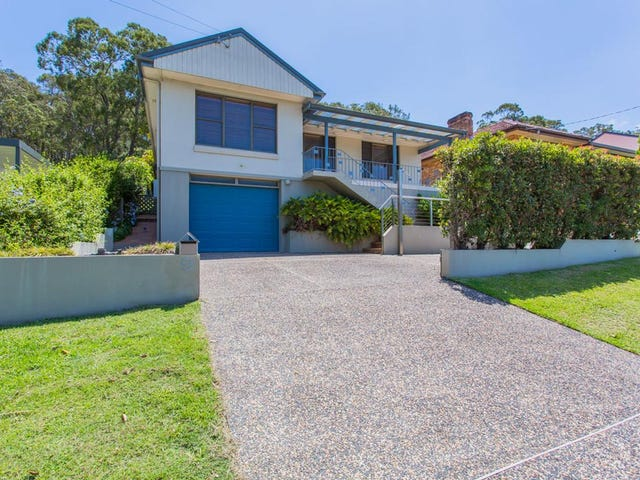 9 Skye Point Road, Coal Point, NSW 2283