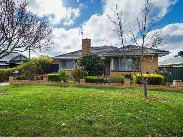 9 Gainsborough Street, Castlemaine, Vic 3450