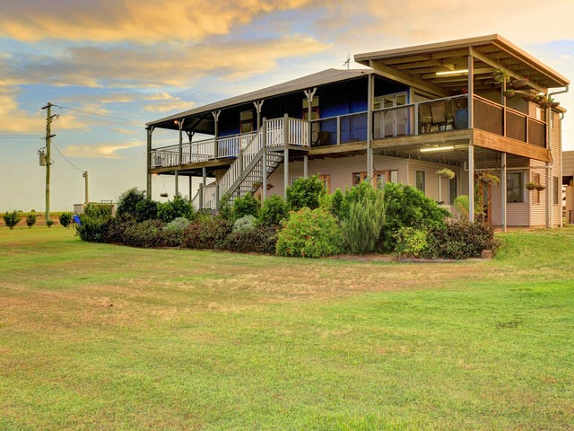 388 Booyan Road, Moore Park Beach, Qld 4670