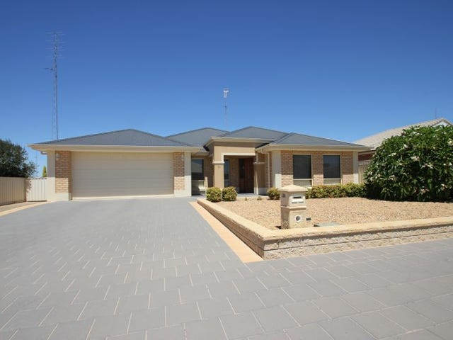 38 Lyndon Avenue, Moonta Bay, SA 5558