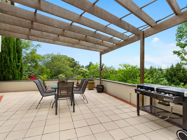 2 Richmond Ave (East), St Ives, NSW 2075