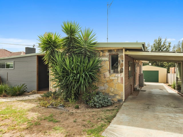 12 William Street, Long Gully, Vic 3550