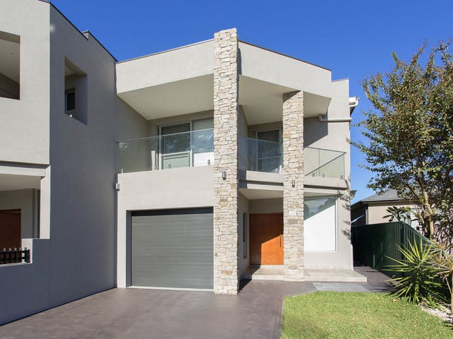 974 Henry Lawson Drive, Padstow Heights, NSW 2211