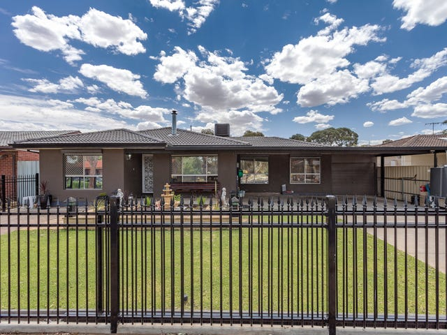 25 Hendrix Crescent, Paralowie, SA 5108