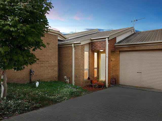 5/2 Neil Currie Street, Casey, ACT 2913