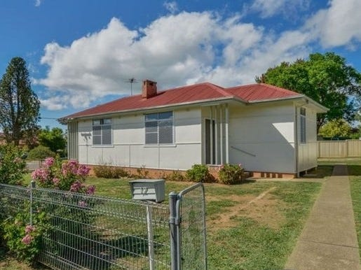 UNIT/12 Thompson Crescent, Tamworth, NSW 2340