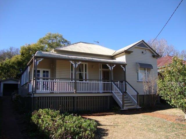 10 Godfrey Street, East Toowoomba, Qld 4350