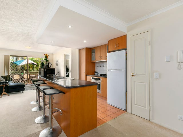 2/7-11 Johnston Street, Southport, Qld 4215