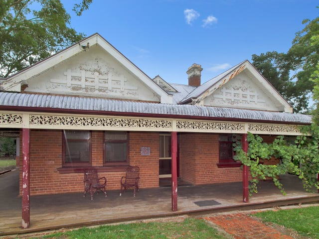 35 Roderick Street, Tamworth, NSW 2340