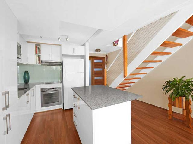 Unit 9/5 Galeen Drive, Burleigh Waters, Qld 4220