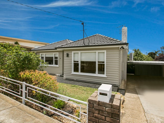 10 Illingworth Street, Golden Square, Vic 3555