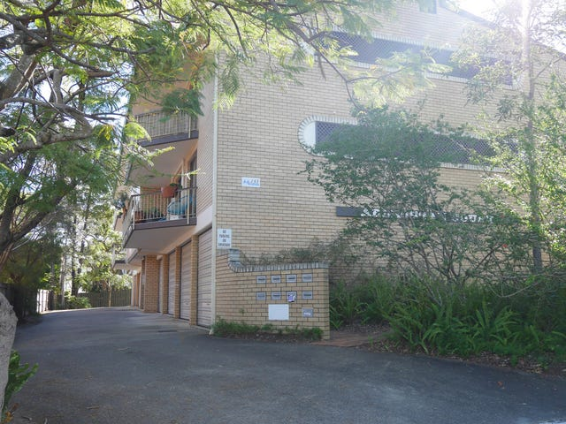 4/133 Central Avenue, Indooroopilly, Qld 4068