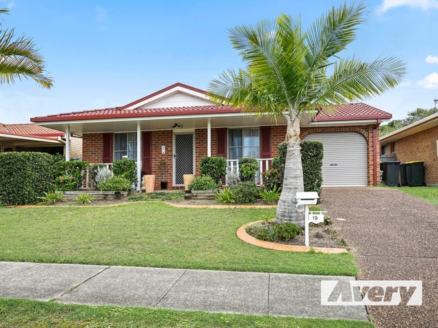 19 Nelmes Close, Toronto, NSW 2283