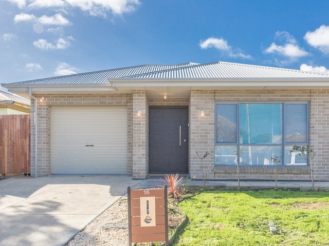 16 Montrose Avenue, Clearview, SA 5085