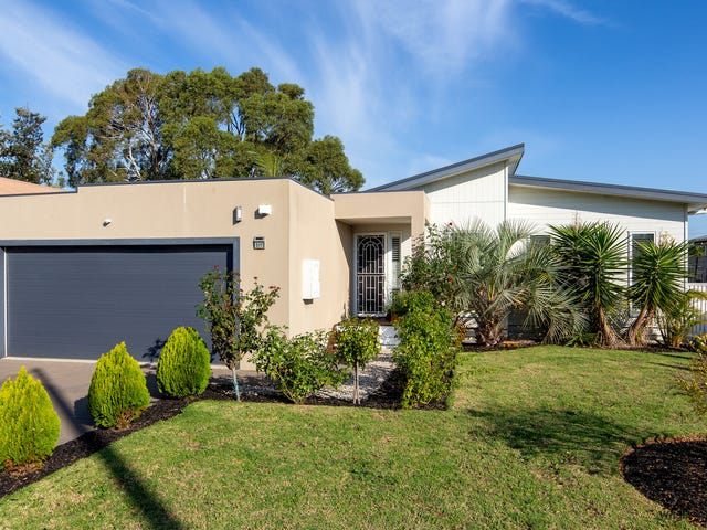 511 Settlement Road, Cowes, Vic 3922