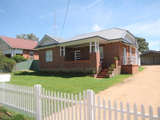 33 Caple Street, Young, NSW 2594