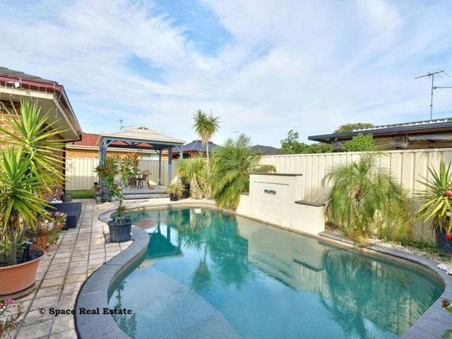 73 Sir Warwick Fairfax Drive, Harrington Park, NSW 2567