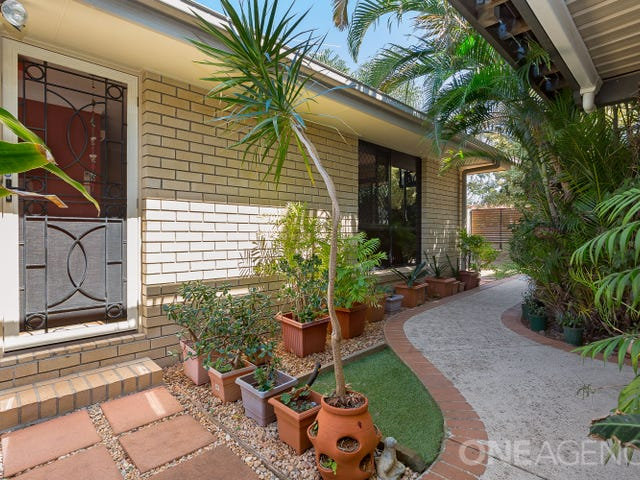 2/568 Oxley Avenue, Scarborough, Qld 4020