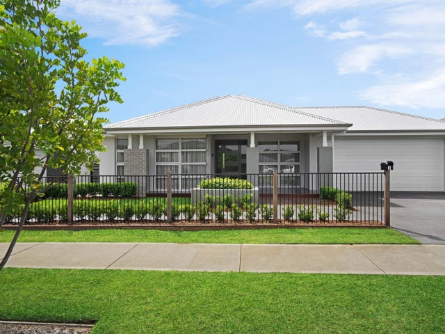 3 Grand Parade, Rutherford, NSW 2320