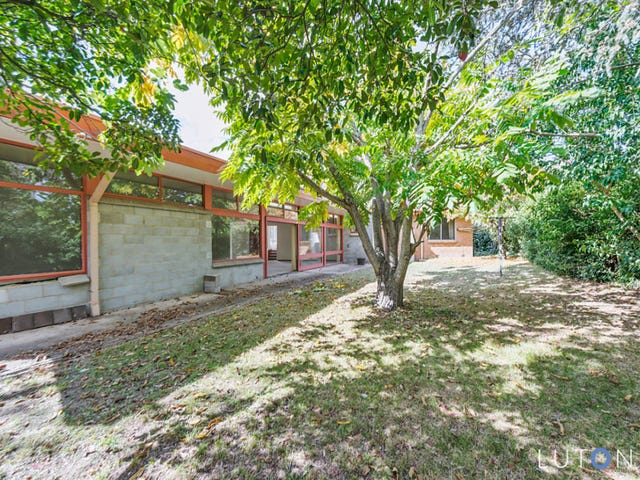 14 Blake Place, Mawson, ACT 2607