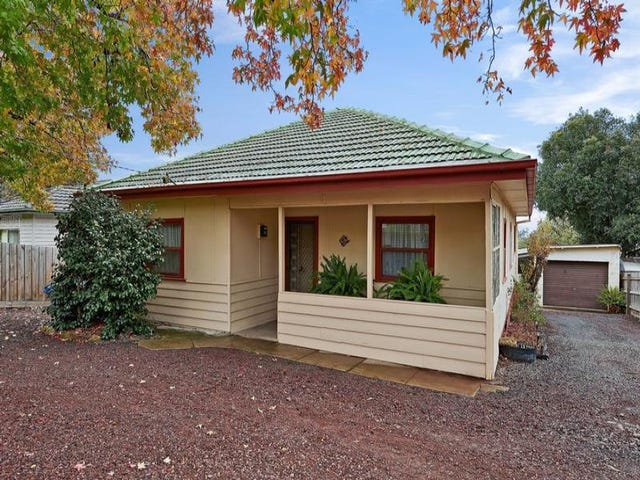 107 Forest Road, Ferntree Gully, Vic 3156