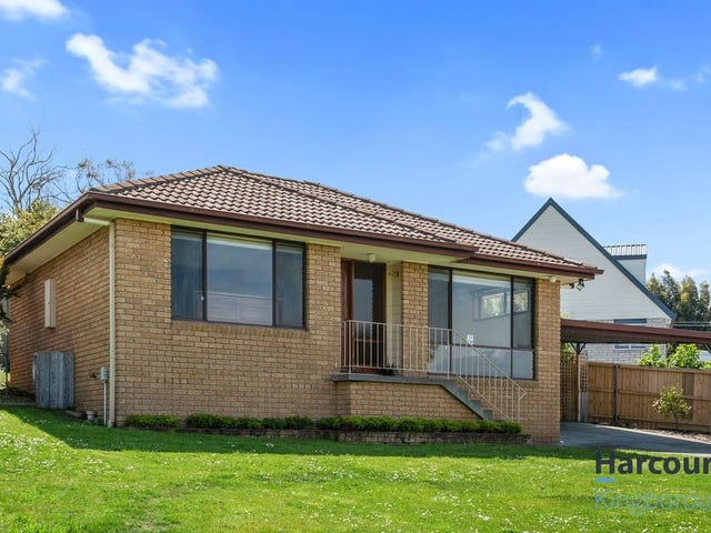 2/11 Mirramar Park, Blackmans Bay, Tas 7052