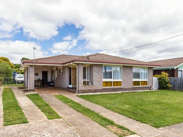 9 Valley Road, Devonport, Tas 7310