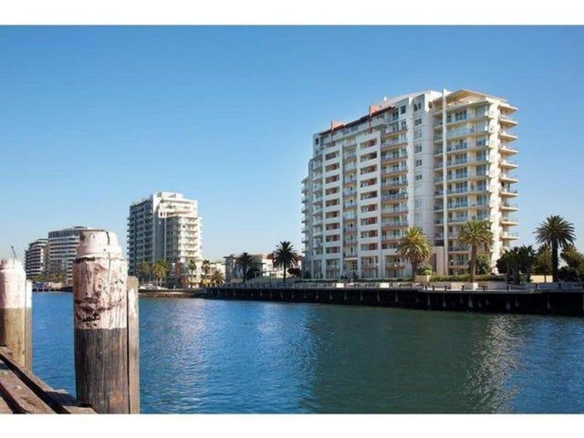 206/115 Beach Street, Port Melbourne, Vic 3207