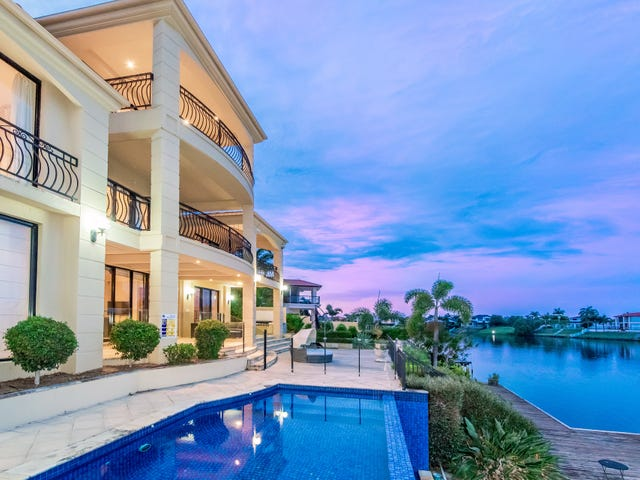 25 Istana View, Clear Island Waters, Qld 4226